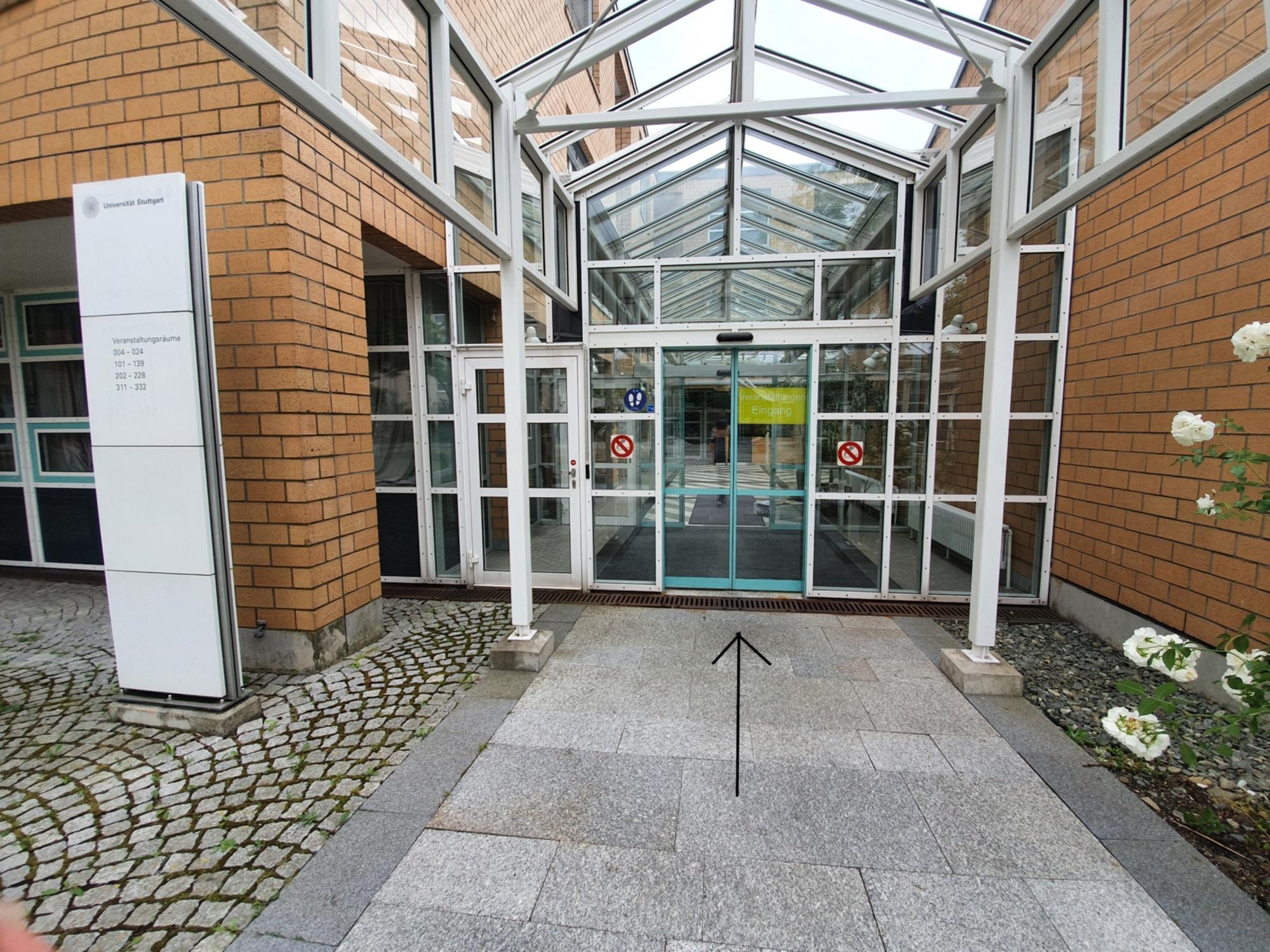 UN32 building entry